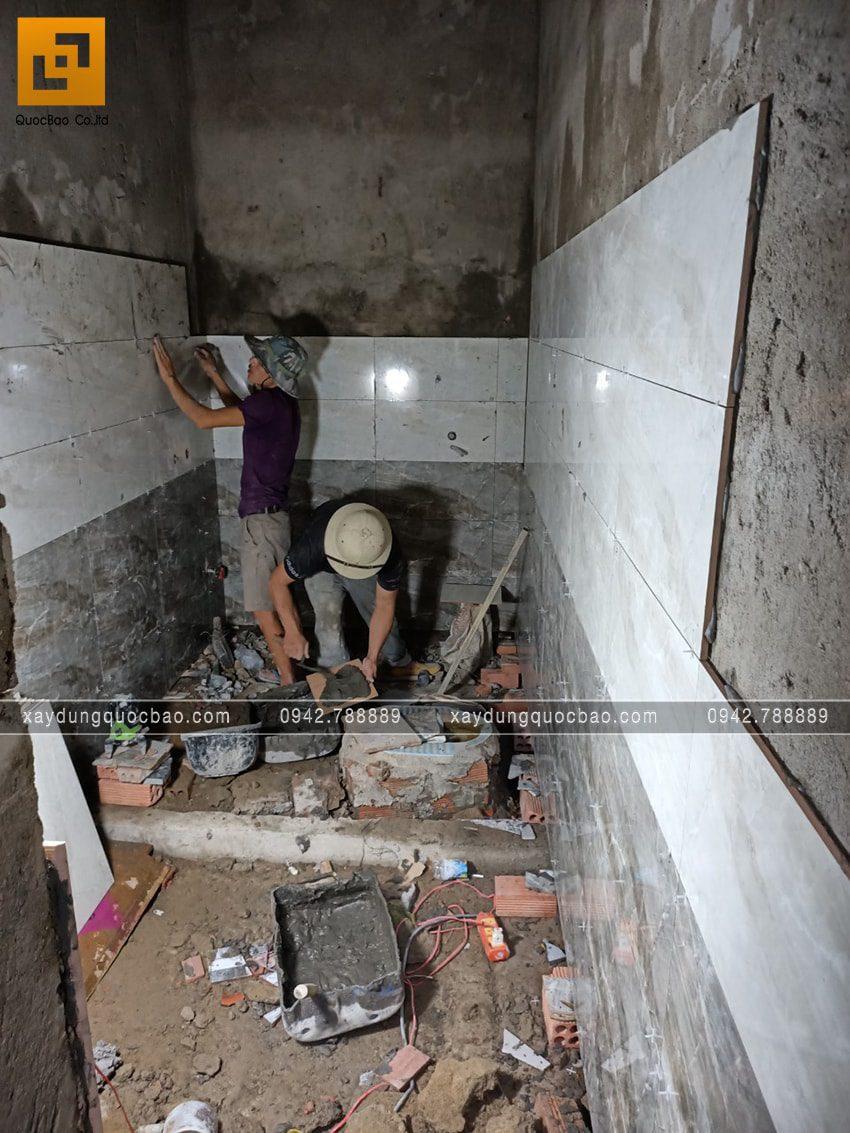 Công tác ốp lát gạch các phòng trong nhà - Ảnh 1