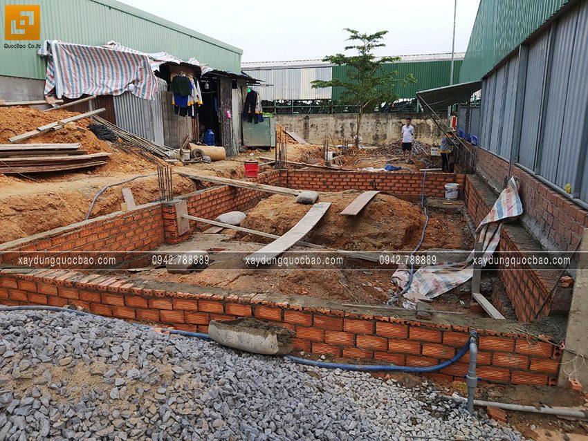 Thi công phần móng nhà mái thái mặt tiền 5m - Ảnh 7