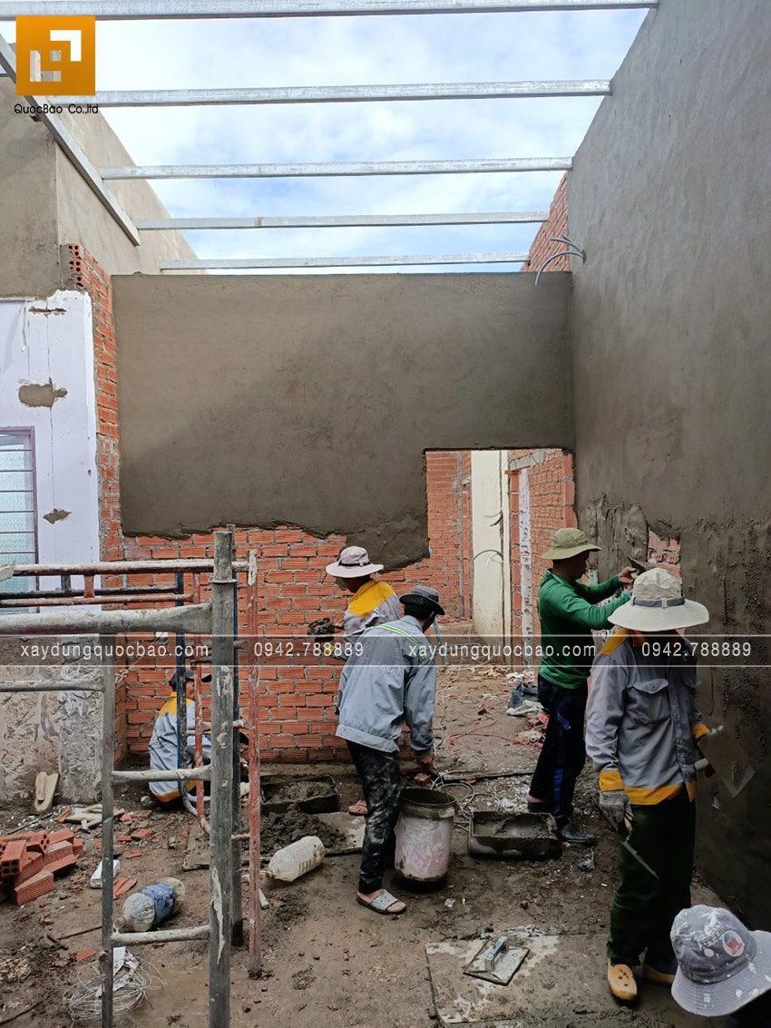 Tô trát xi măng các bức tường trong nhà - Ảnh 1