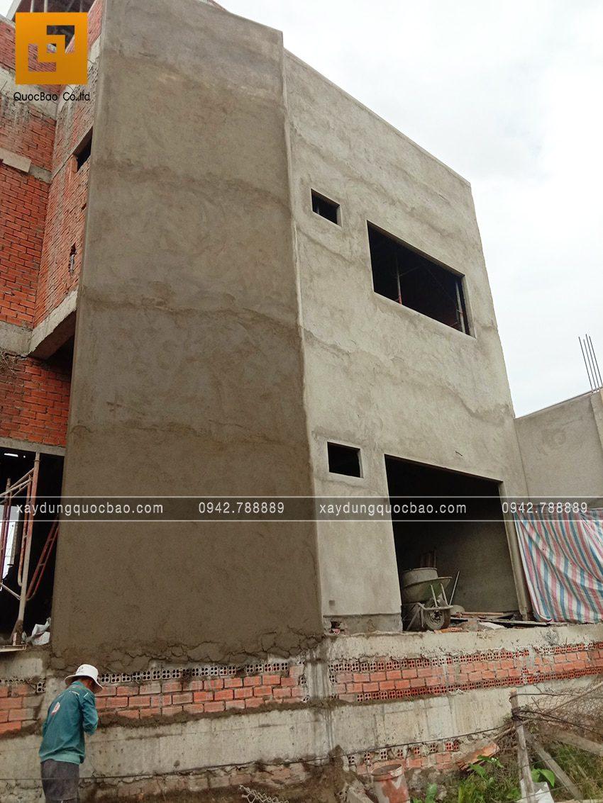 Tô trát  xi măng tường phía bên ngoài nhà - Ảnh 2