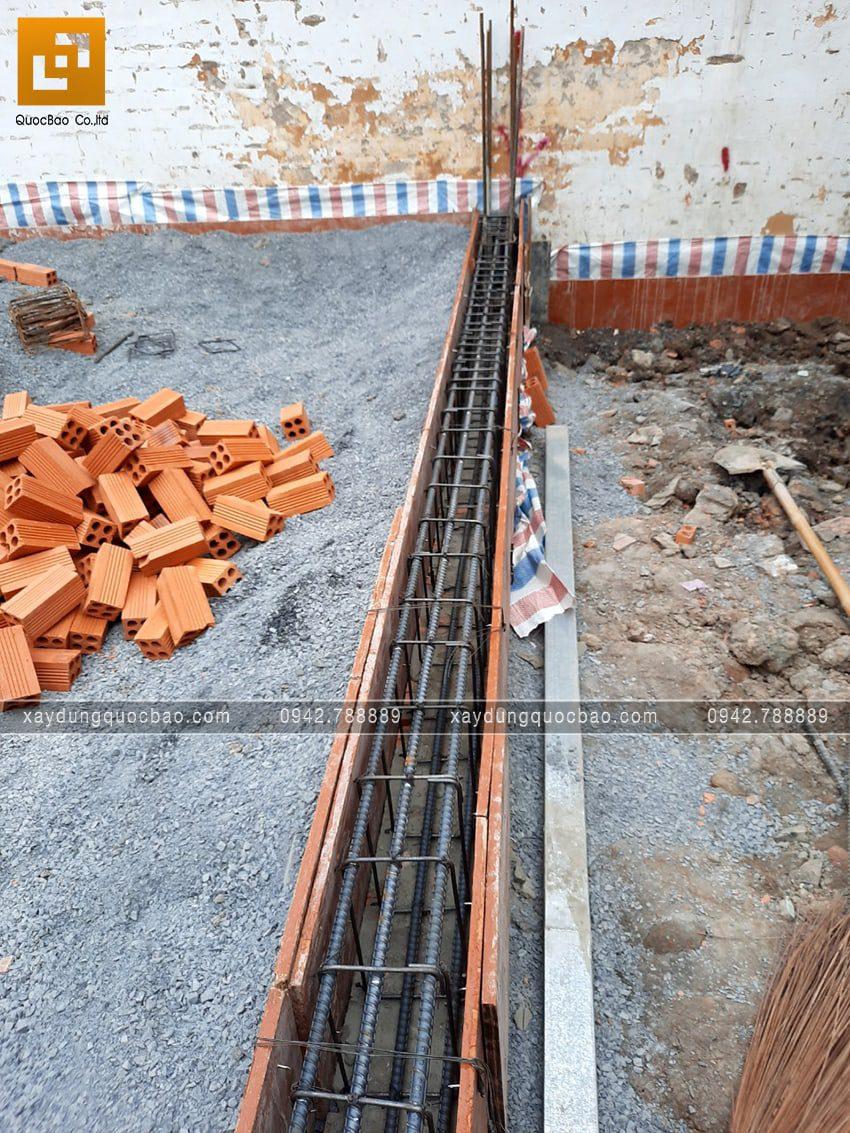 Thi công phần móng nhà mái lệch 2 tầng - Ảnh 3