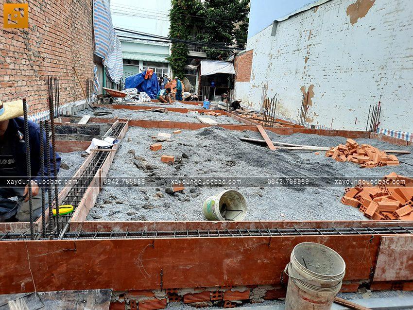 Thi công phần móng nhà mái lệch 2 tầng - Ảnh 2
