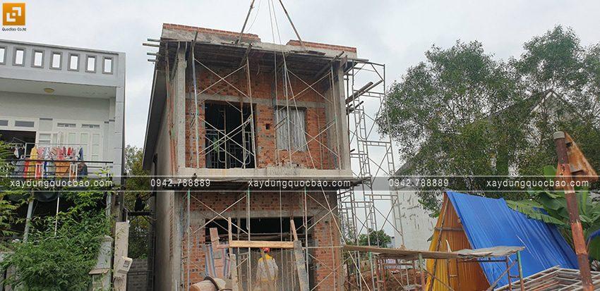 Thi công phần thô lầu 1 nhà 2 tầng - Ảnh 3