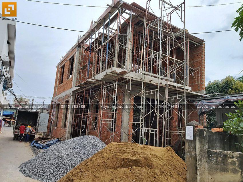 Thi công phần thô nhà 3 tầng đẹp của chị Ngân - Ảnh 5