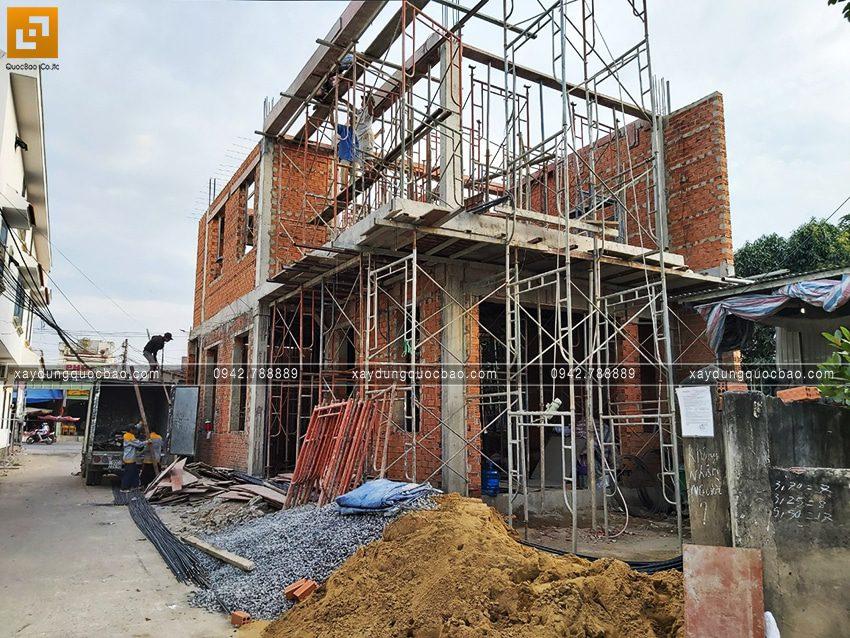 Thi công phần thô nhà 3 tầng đẹp của chị Ngân - Ảnh 3