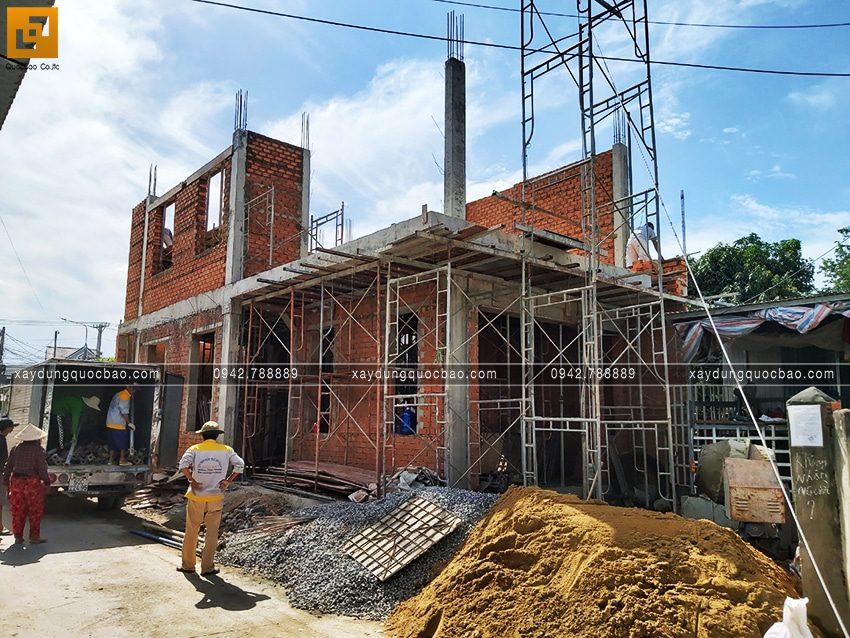 Thi công phần thô nhà 3 tầng đẹp của chị Ngân - Ảnh 2
