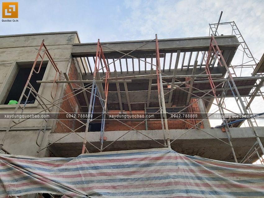 Thi công hoàn thiện nhà phố 2 tầng chị Ngân - Ảnh 7