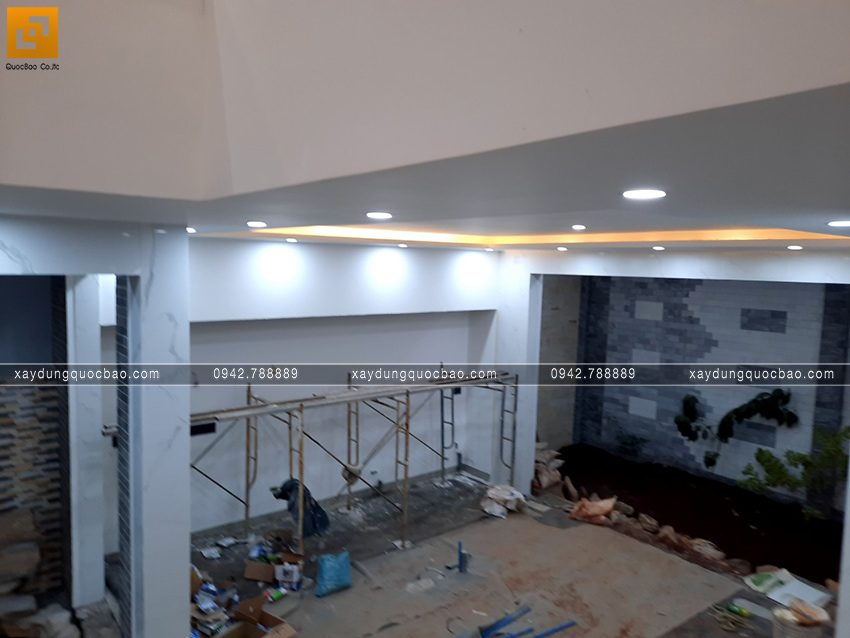 Thi công hoàn thiện nhà mái lệch 2 tầng - Ảnh 9