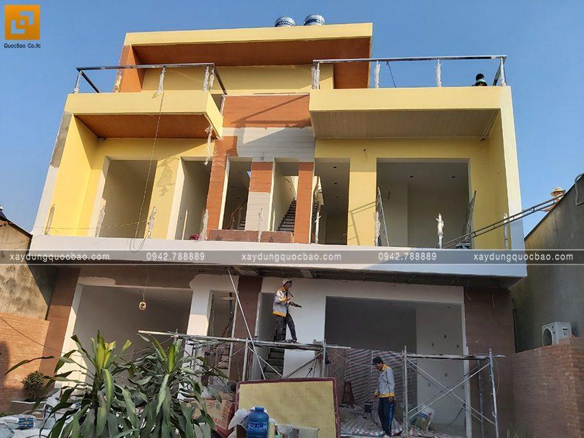 Thi công hoàn thiện nhà song lập 3 tầng - Ảnh 12