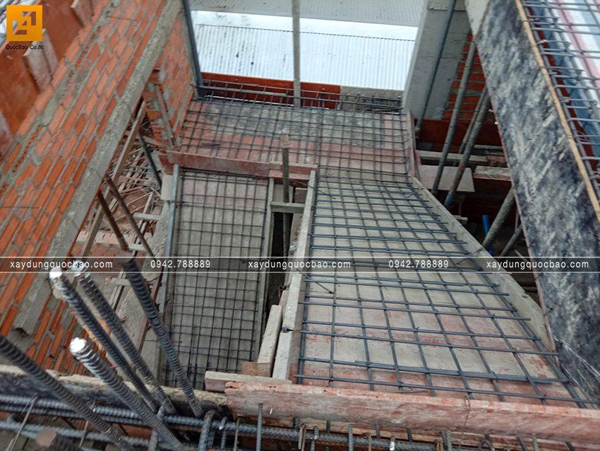 Thi công phần thô tầng trệt biệt thự vườn tại Vĩnh Cửu - Ảnh 38
