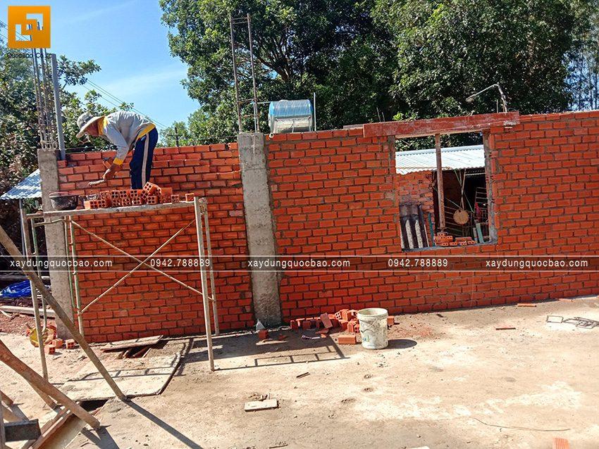 Thi công phần thô tầng trệt biệt thự vườn tại Vĩnh Cửu - Ảnh 3