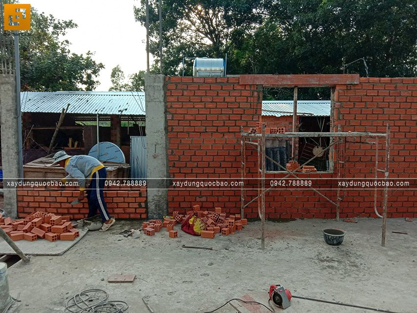 Thi công phần thô tầng trệt biệt thự vườn tại Vĩnh Cửu - Ảnh 1