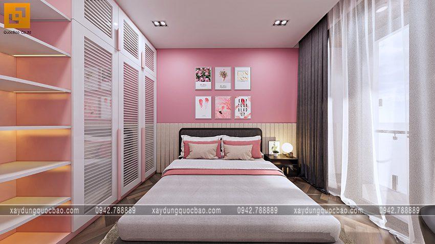 Khung cửa sổ có rèm điều tiết lượng sáng trong phòng ngủ