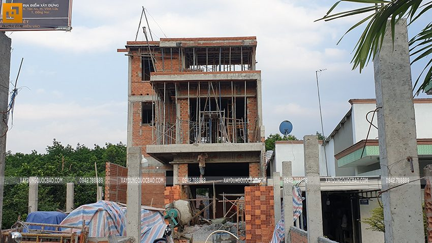 Thi công phần thô nhà 3 tầng tại Vĩnh Cửu - Ảnh 43